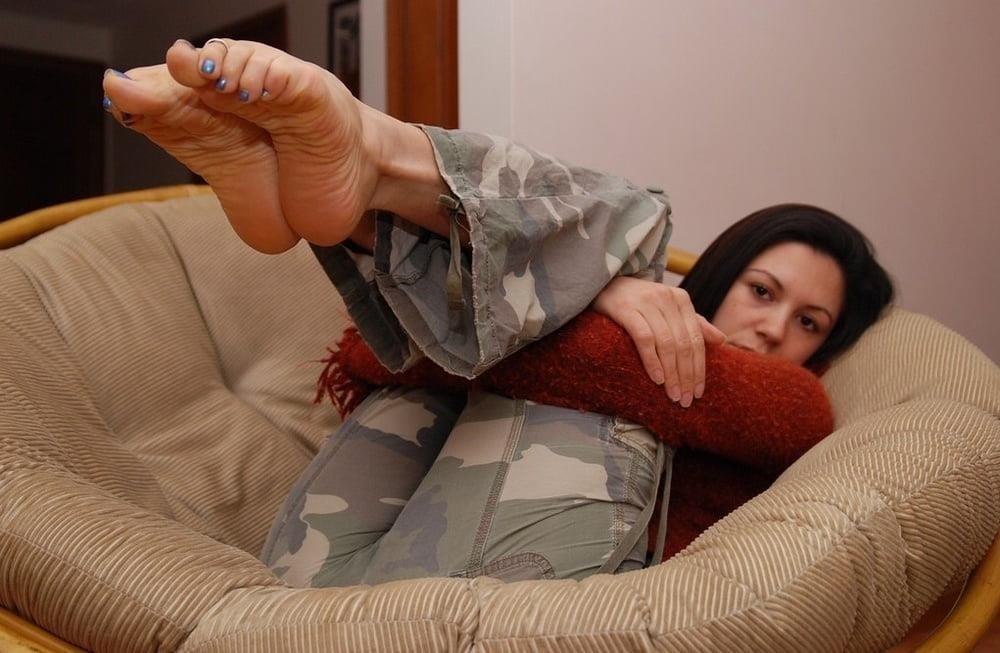 Mature foot fetish pics-5539