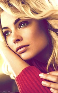 Margot Robbie CL1MqeQ6_o
