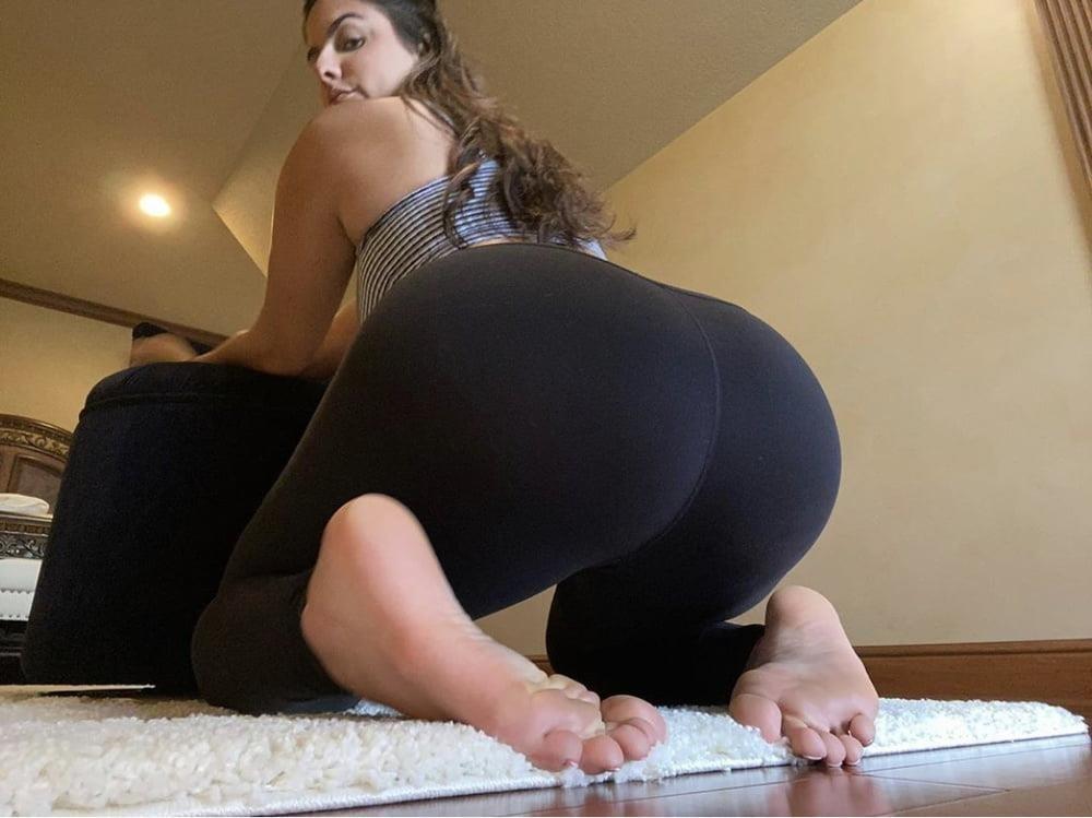 Sexy foot sucking-2494