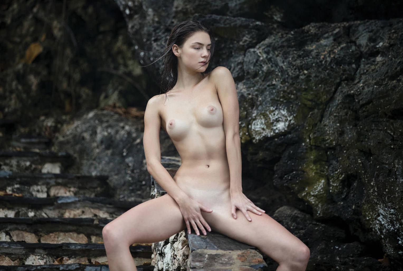 голая Вика Левина на страницах журнала Treats! / фото 04