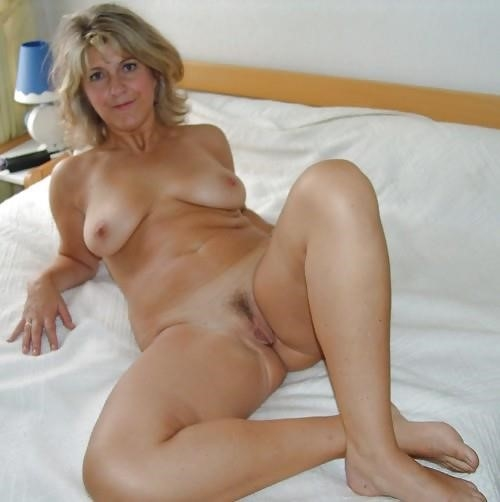 Real mature nudes-3072