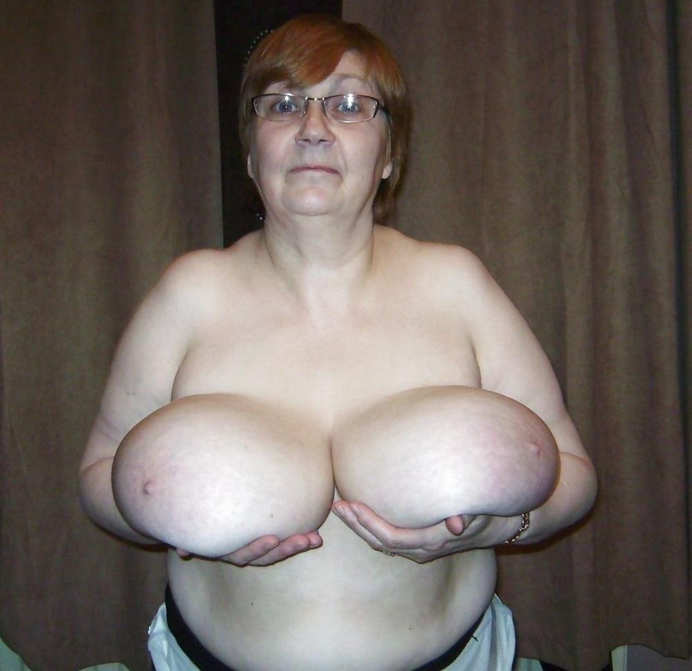 Natural tits nipples-5633