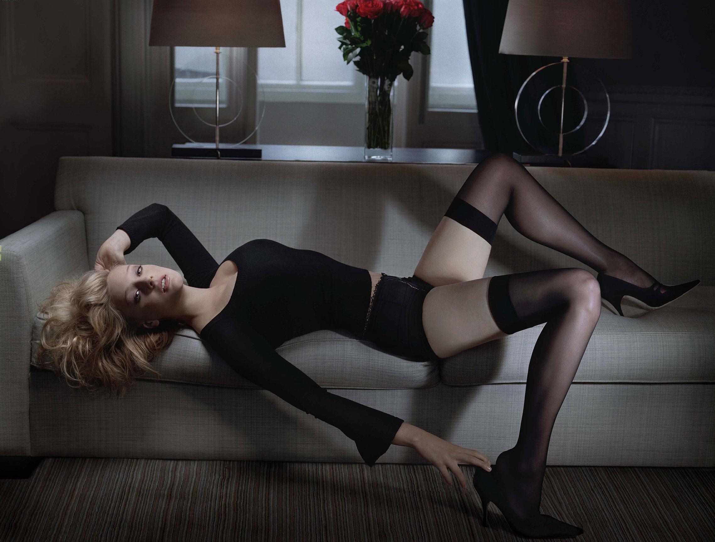 Ромола Гарай в журнале Esquire / фото 03
