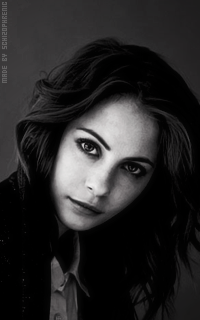 Willa Holland EePLAlIB_o