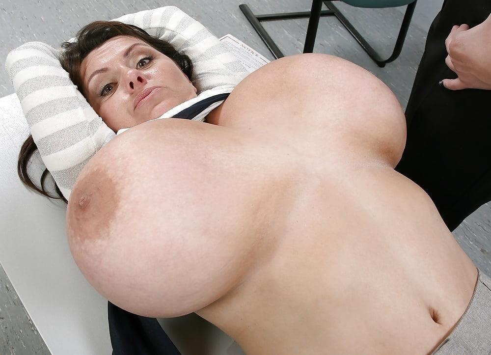 Nude big boobs lesbians-1452