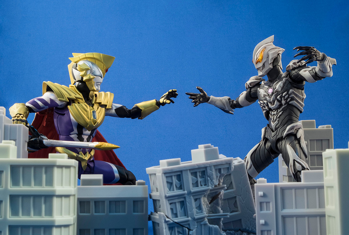 Ultraman (S.H. Figuarts / Bandai) - Page 4 M0Ymi8m2_o