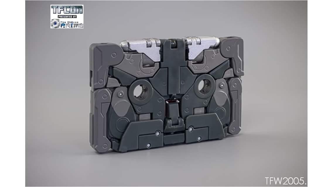 [Ocular Max] Produit Tiers - REMIX - Mini-Cassettes Autobots et Décepticons (surdimensionnées) - Page 3 CdiUGbF1_o