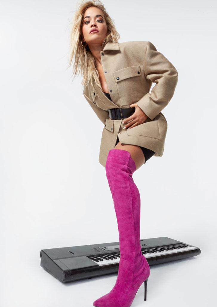 Рита Ора в обуви модного бренда ShoeDazzle, сезон 2020 / фото 11