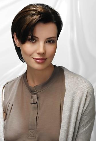 Best hair style for short hair girl-3219