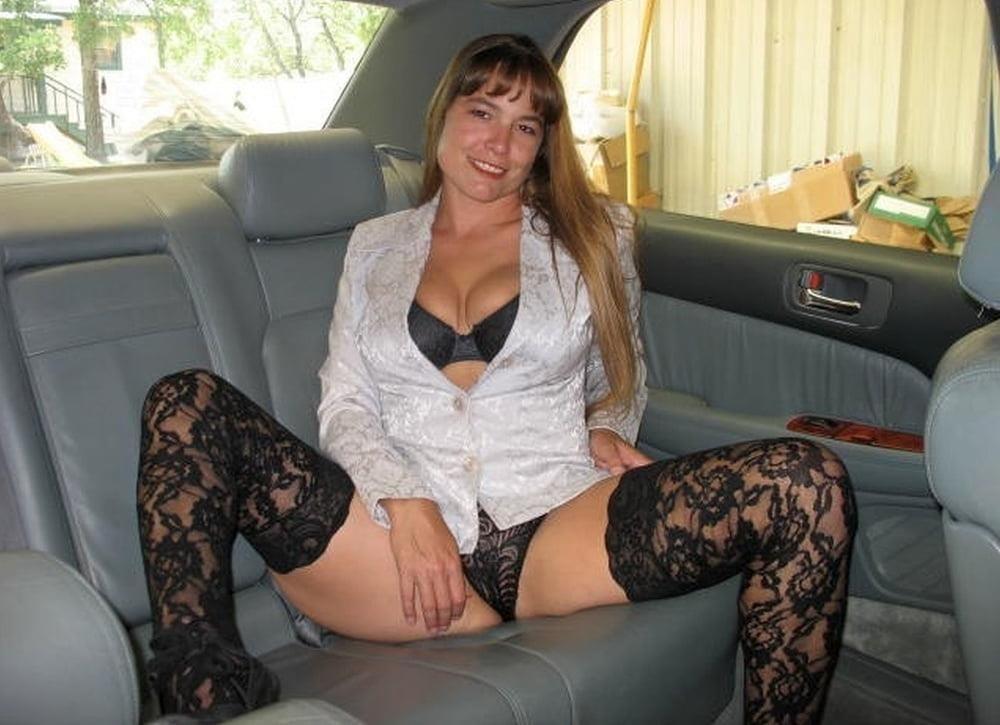 Cunnilingus in car-4849