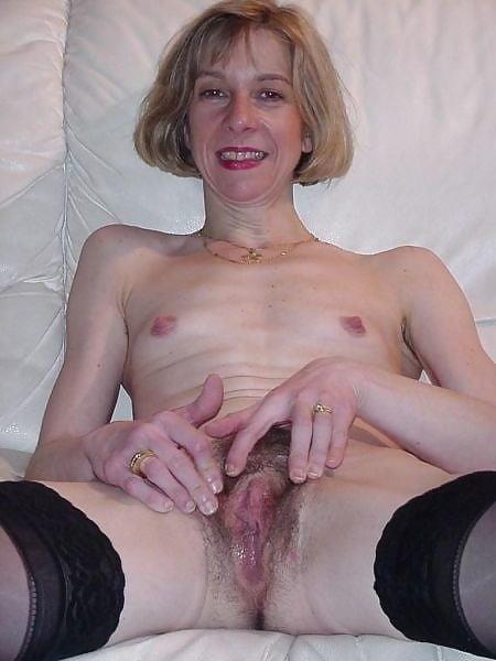 Beautiful naked women making love-9675
