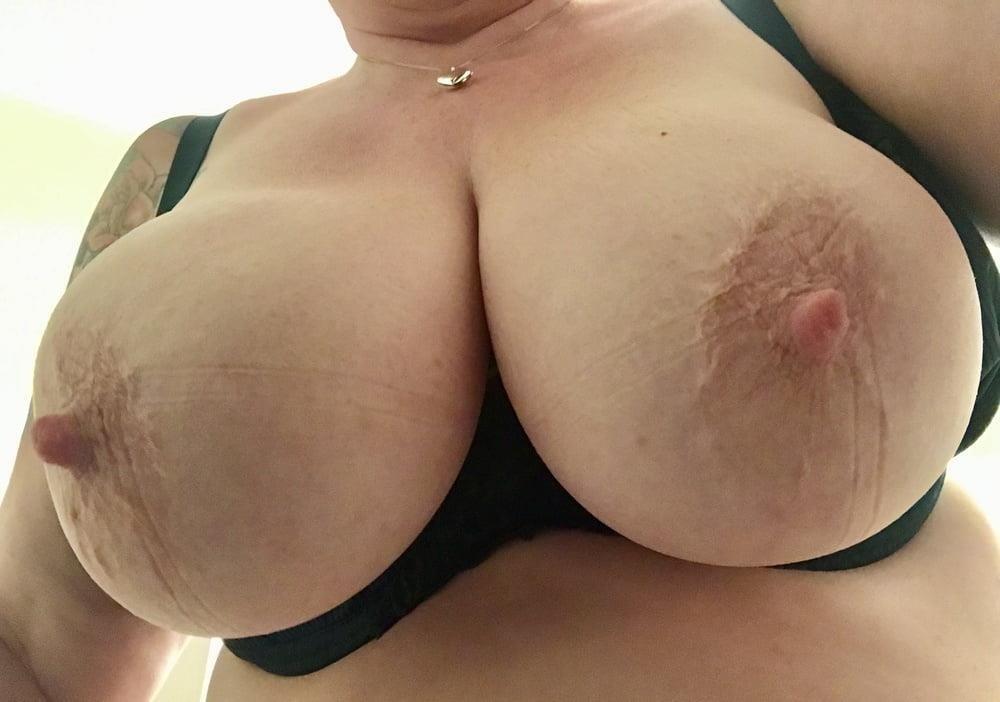 Lesbian big tit pic-4163