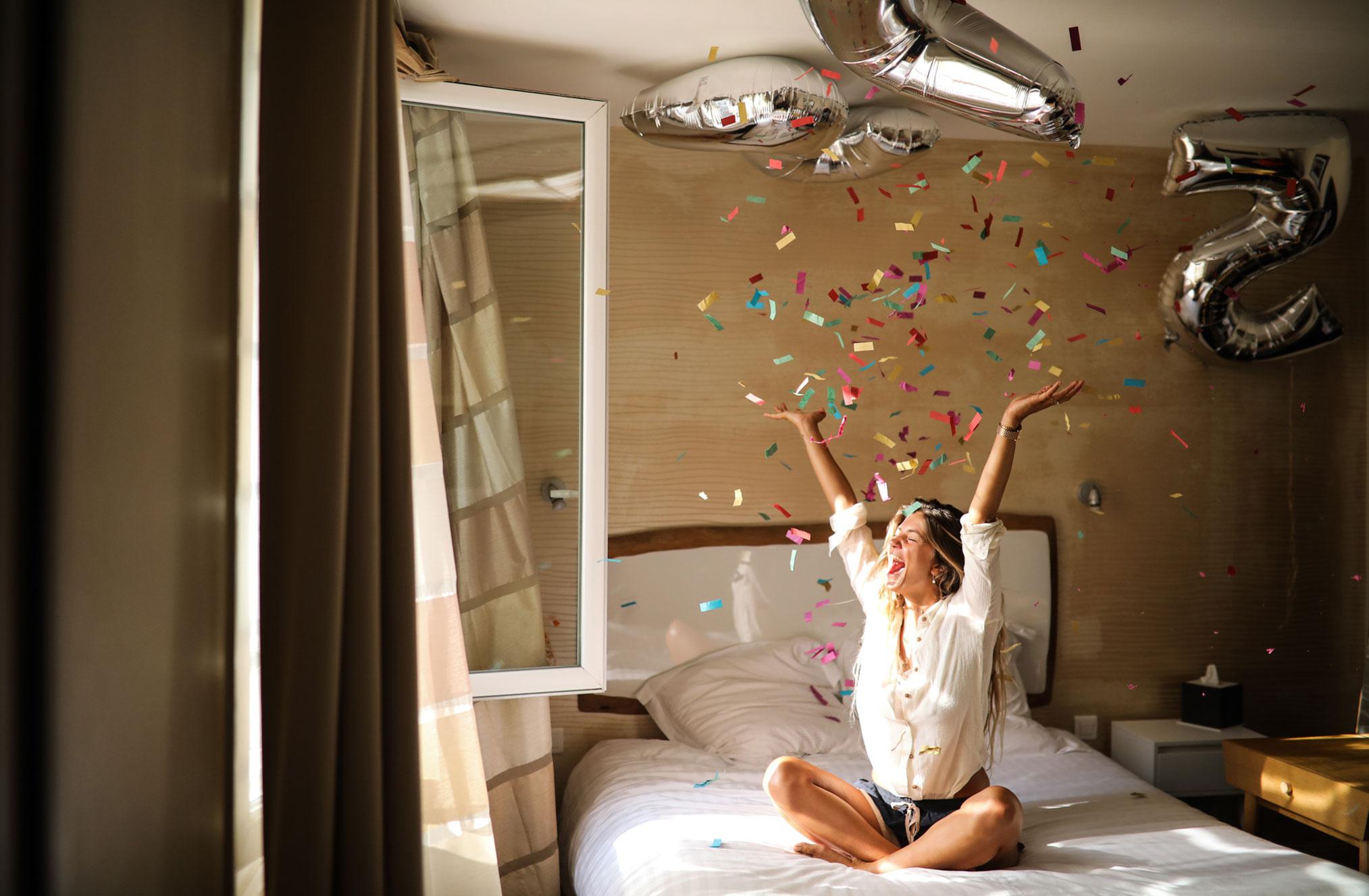 Ева Грейв в отеле Cosmopolitain в Биаррице / фото 06