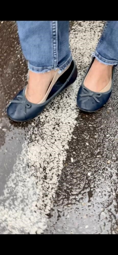Sexy her feet-7343