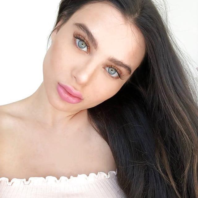 Lana rhoades naked selfie-8578