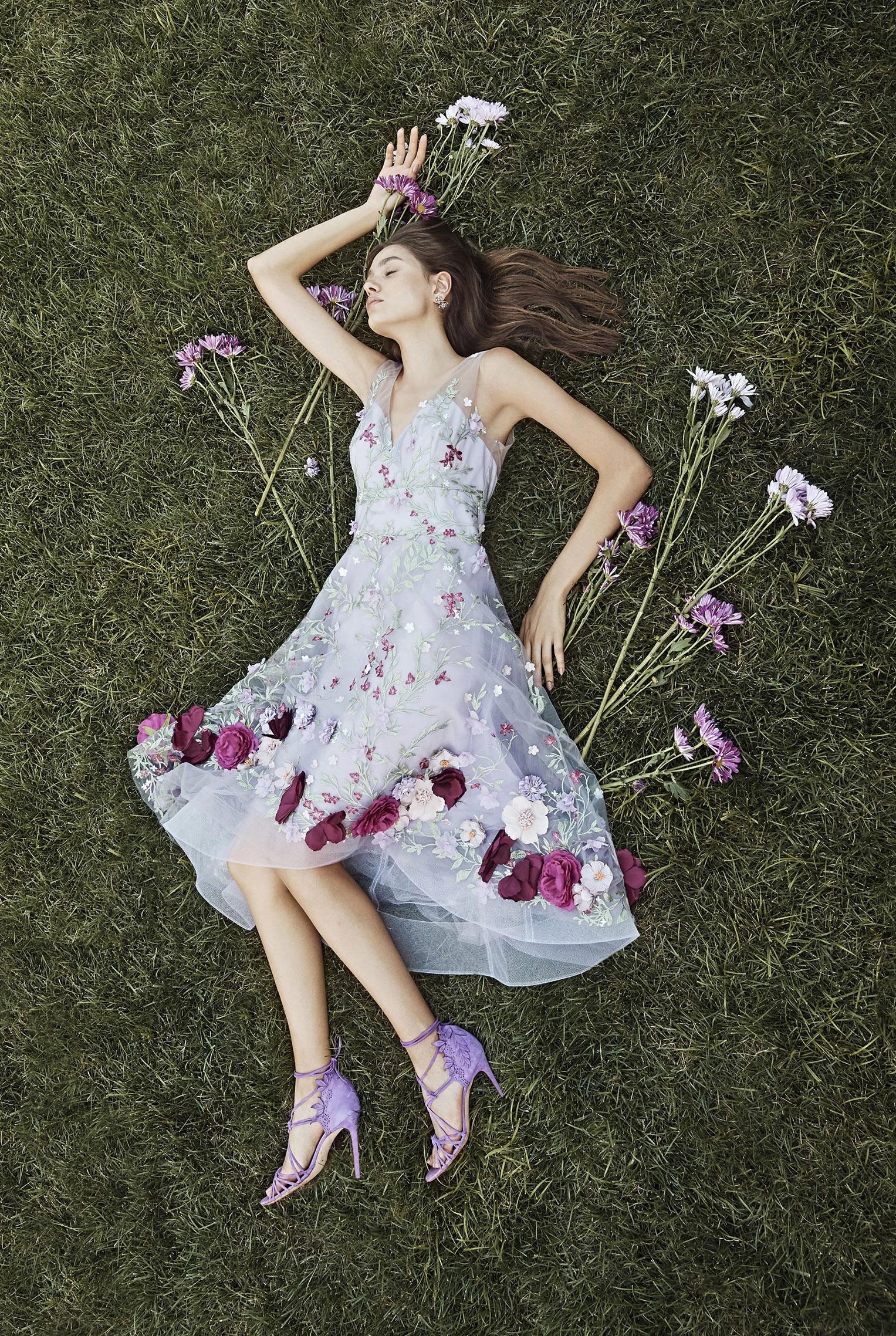 Коллекция модной одежды Marchesa, сезон весна-лето 2020 / фото 19
