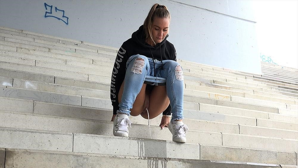 Teen girl peeing in public-3675