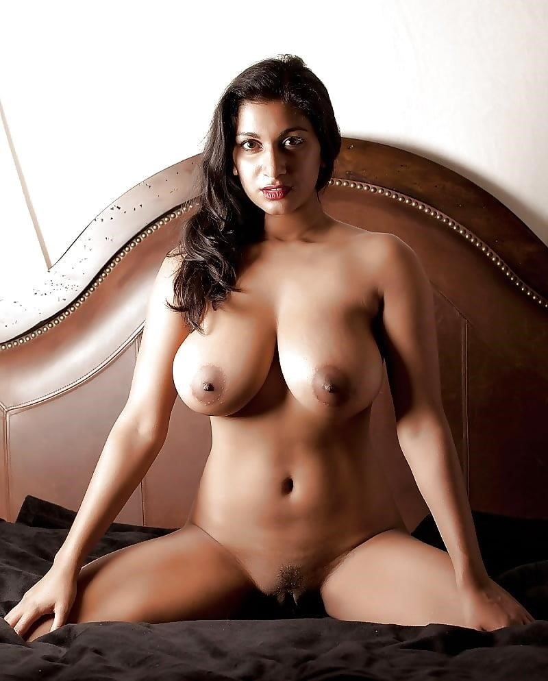Big boobs nude model-9875