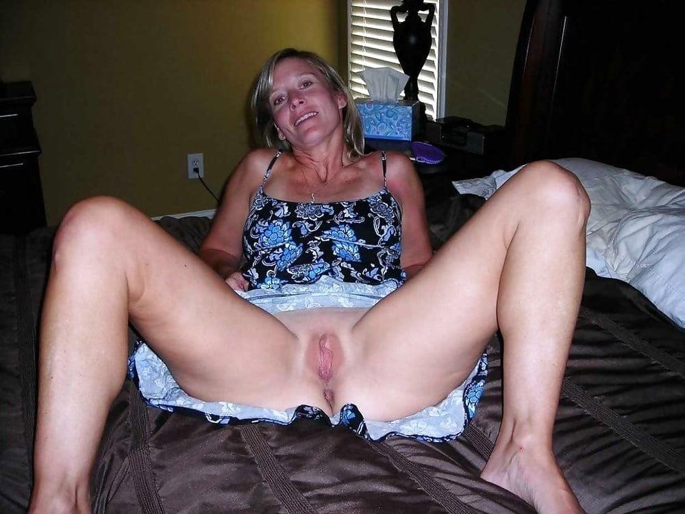Girl milf pic-7722
