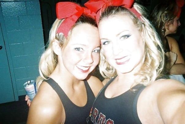 Cheerleader nude selfies-4480