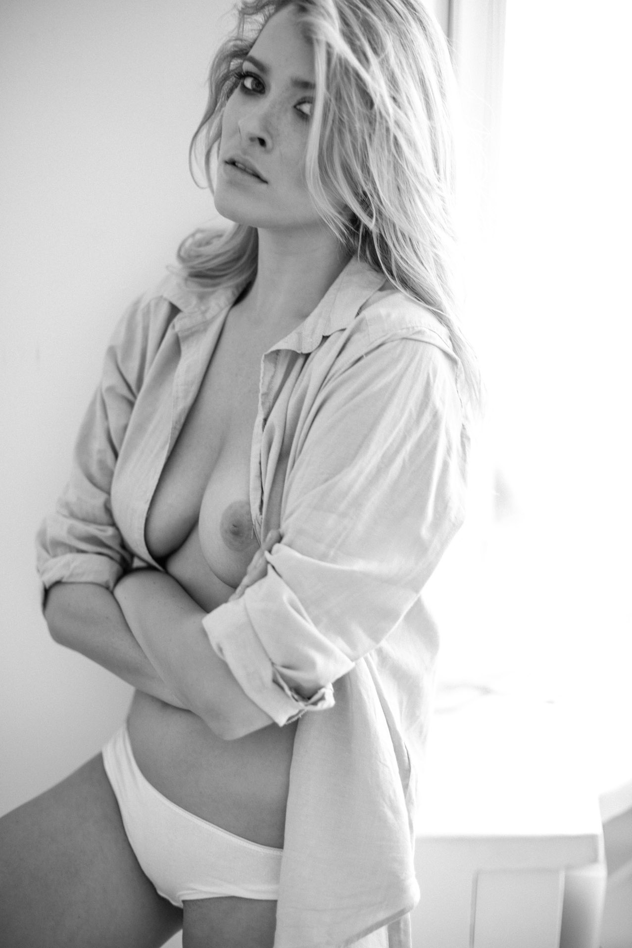 Magda Winiarek by Marcin Biedron
