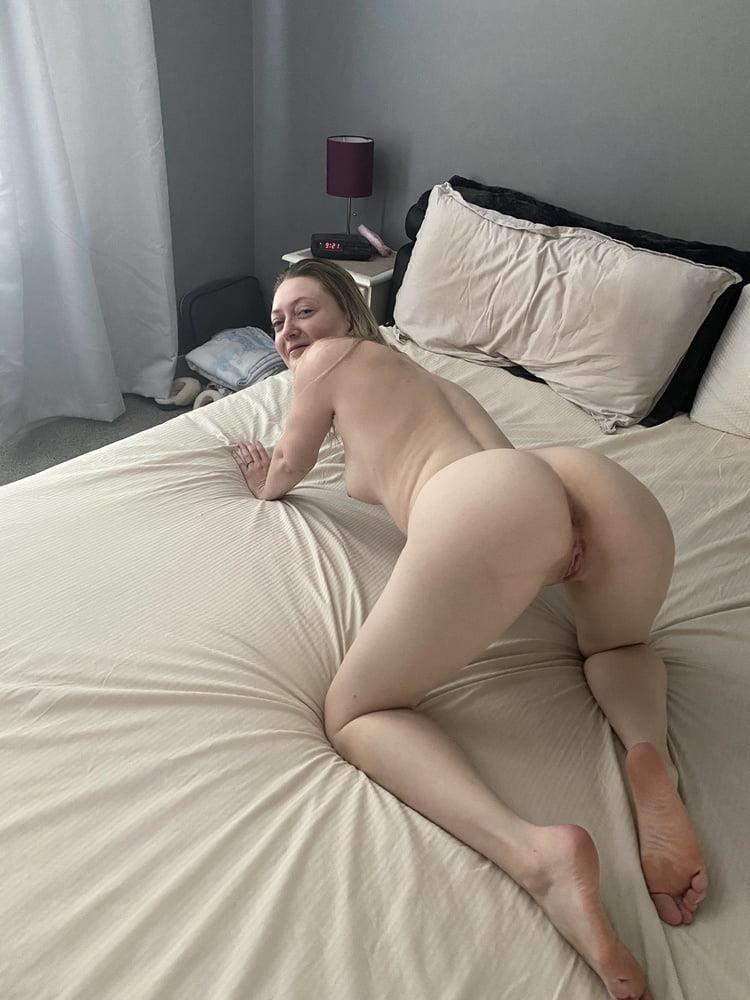 Hottest blonde milf-7161