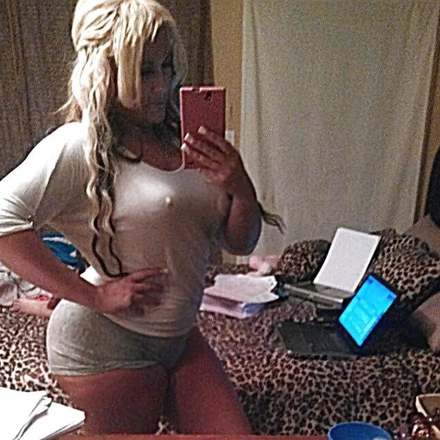 Big blonde booty porn-1028