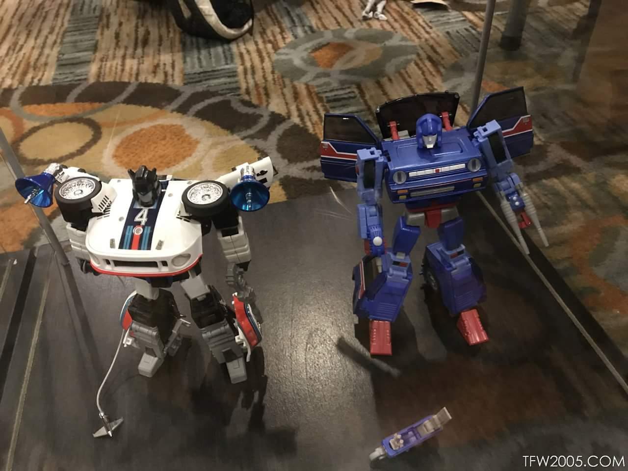 [X-Transbots] Produit Tiers - Jouet MX-XVII Savant (aka Skids/Platon) + MX-17H Herald (aka Crosscut/Transversal) + MX-17T Taiho (Hommage YUA) 1wmFH5q7_o