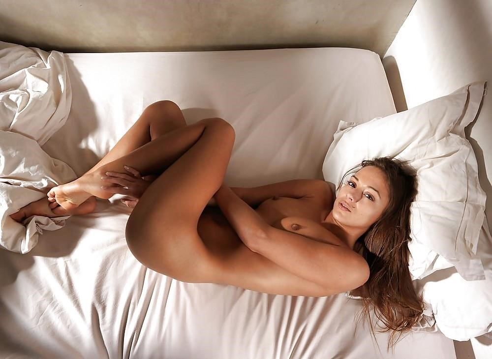 Sex games to play in bed-3261