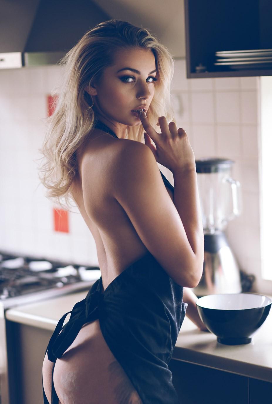 сексуальная кухня / Shae Renate by Percy Ortiz - Lions Magazine
