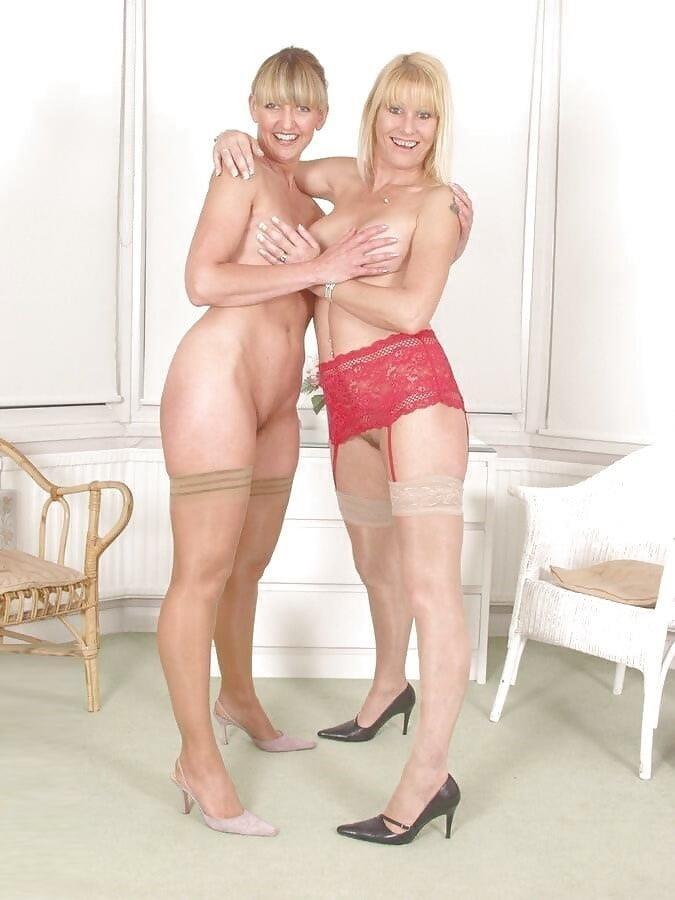 Nude mature lesbians-5799