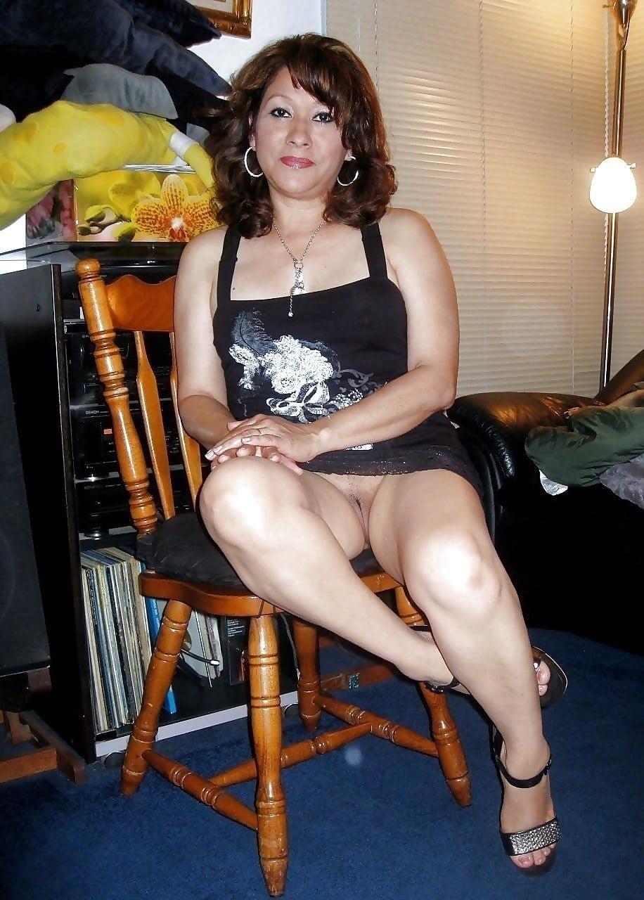 Mature skirt galleries-5083