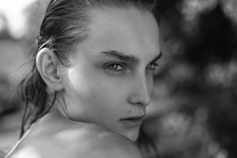 обнаженное лето / Summertime by Remi Kozdra and Kasia Baczulis