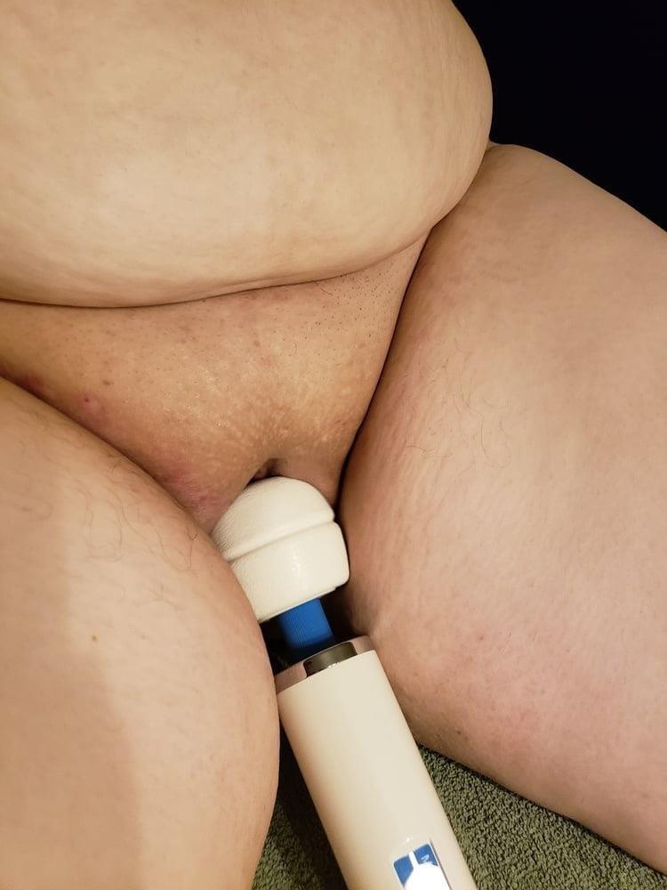 Naked slave girl whipped-8702