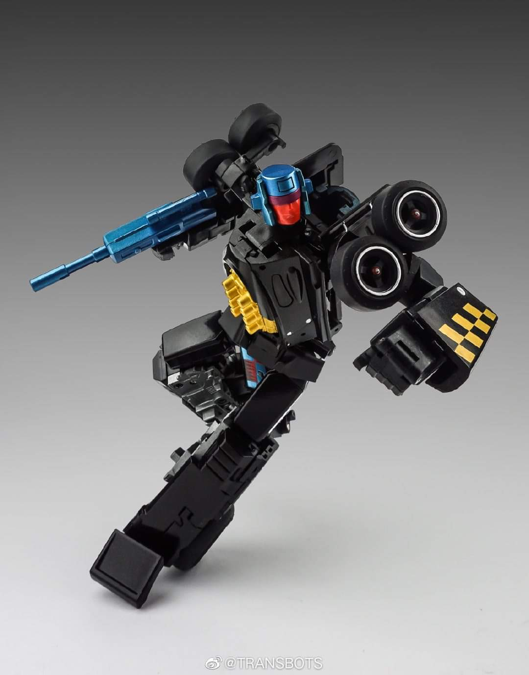 [X-Transbots] Produit Tiers - Jouets Berserkars forme Monolith (MX-XIII à MX-VII) - aka Stunticons forme Menasor/Menaseur - Page 6 UvrvzaoT_o