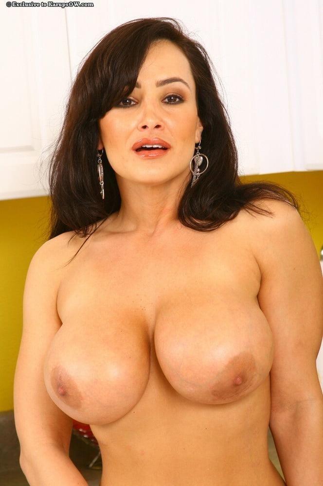 Lisa big clit-6743