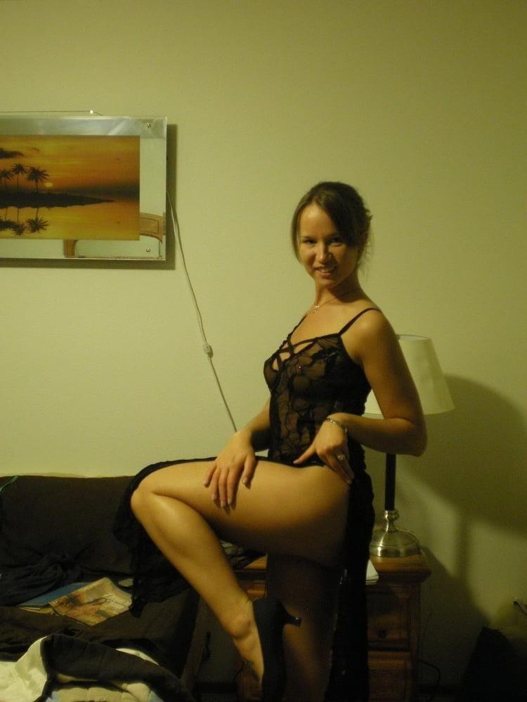 Hot girl masturbating solo-1365