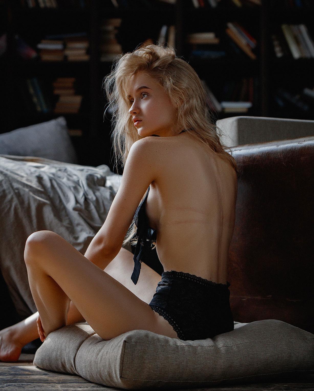Екатерина Привалова в нижнем белье / фото 03