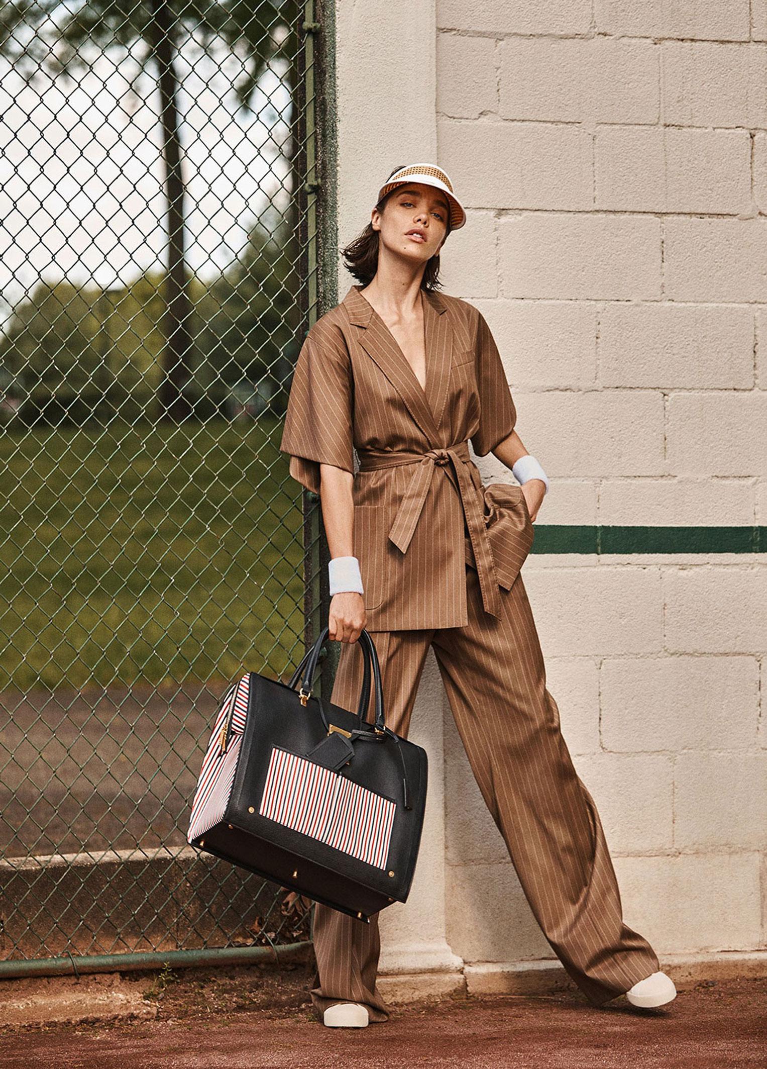-Королева кортов- Мишель Дантас в модной одежде спортивного стиля / фото 07