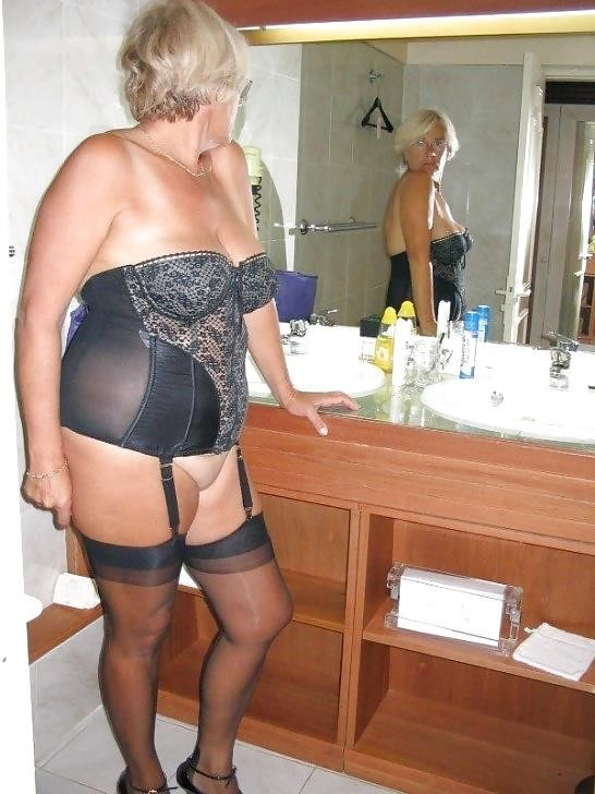 Mature women in girdles pics-4436