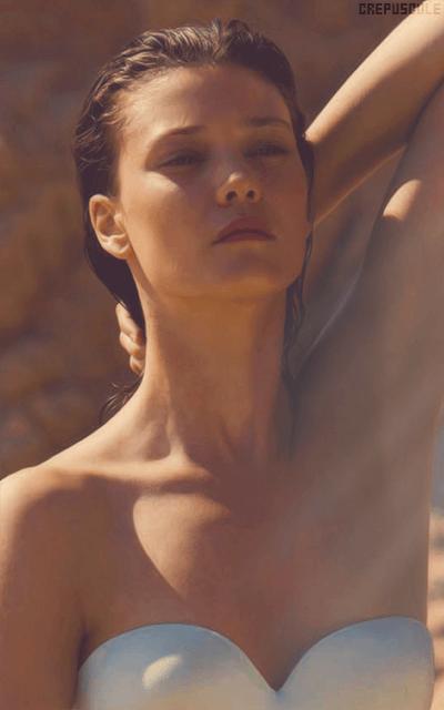 Diana Moldovan VYsQZ3cM_o
