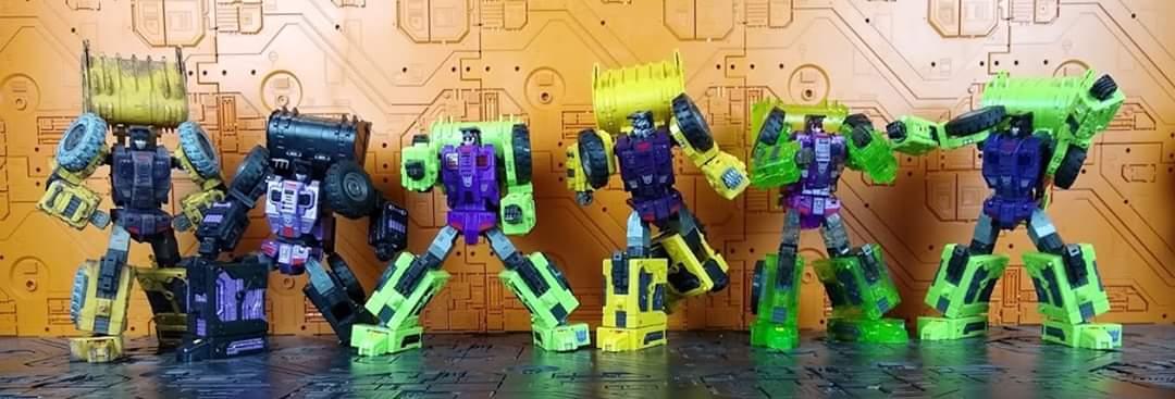 [Toyworld] Produit Tiers - Jouet TW-C Constructor aka Devastator/Dévastateur (Version vert G1 et jaune G2) - Page 11 HAAEPkct_o