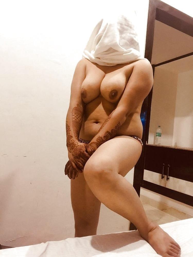 Teen girl nude selfie-2207