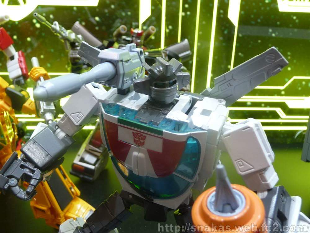 [Masterpiece] MP-20 Wheeljack/Invento - Page 6 OhNw42bh_o