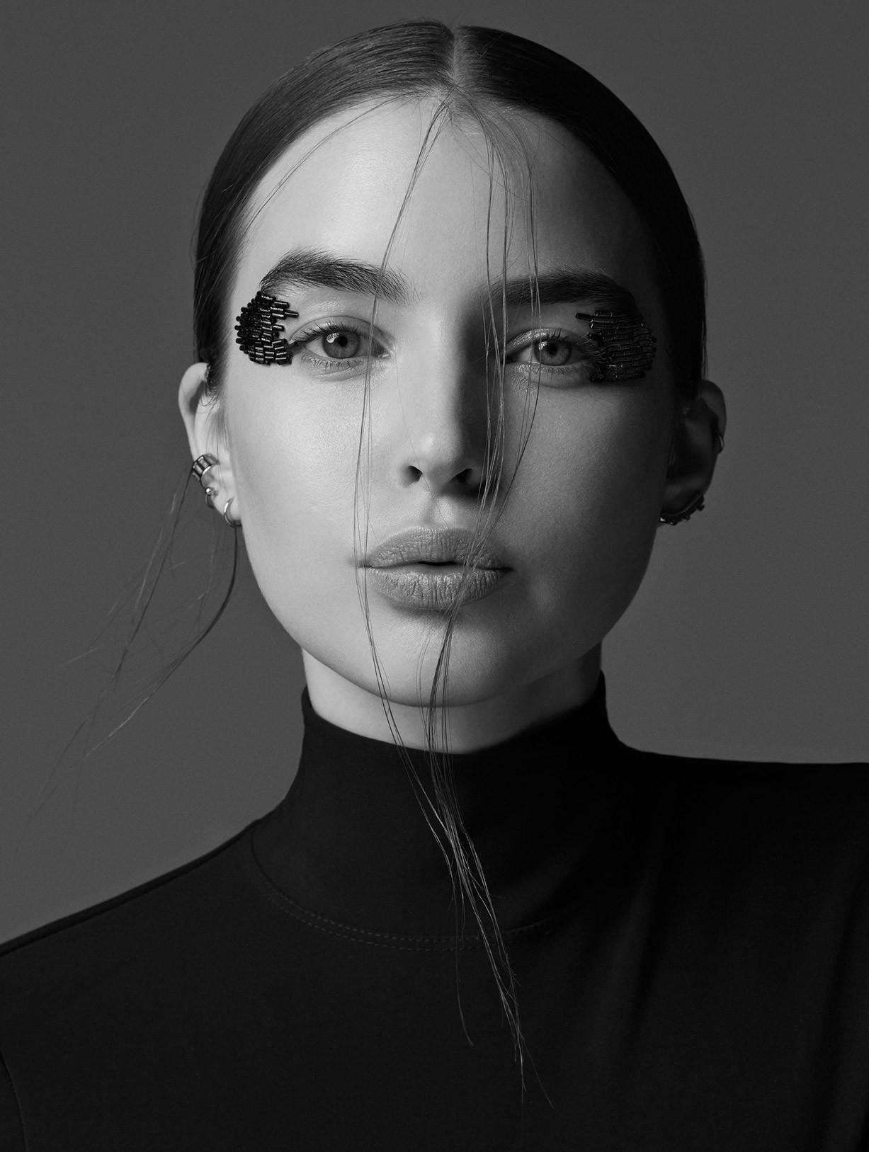 Эли Майкл / Ali Michael by Daniel Clavero - Vogue Ukraine june 2017