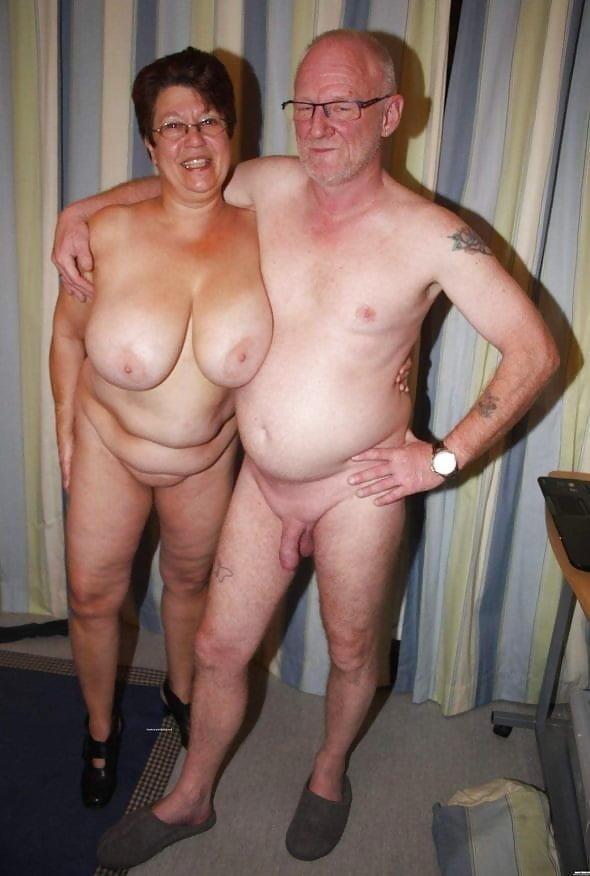 Mature couples copulating-4716