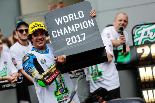 Franco Morbidelli, campeón del mundo de Moto2 2017 AP8ParDm_o