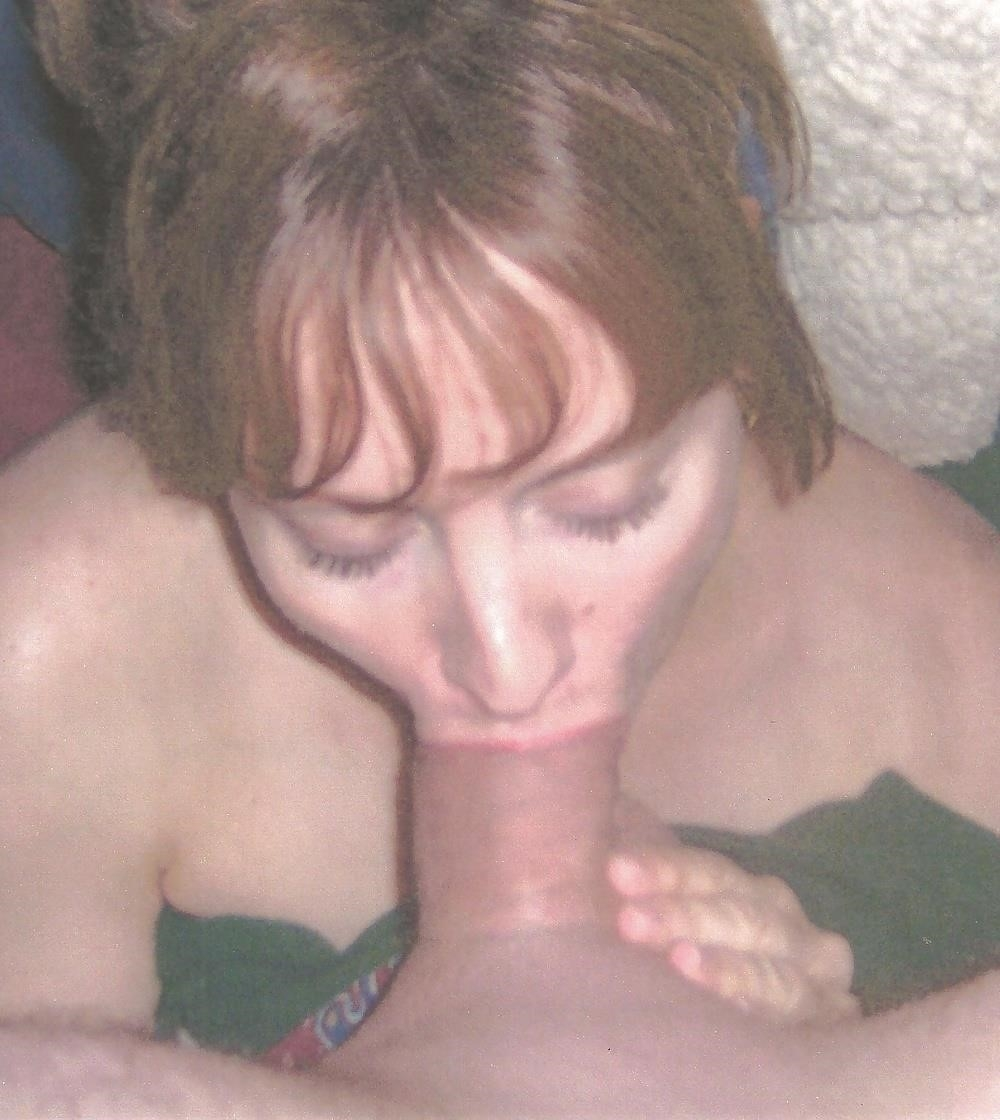 Women giving blow jobs pictures-8099