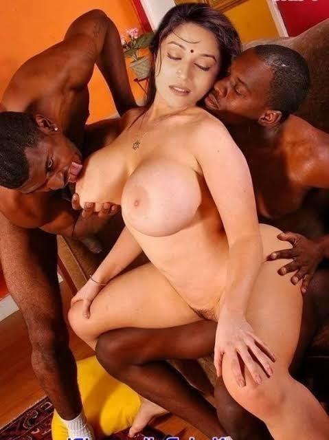 Madhuri dixit big boobs pic-7949
