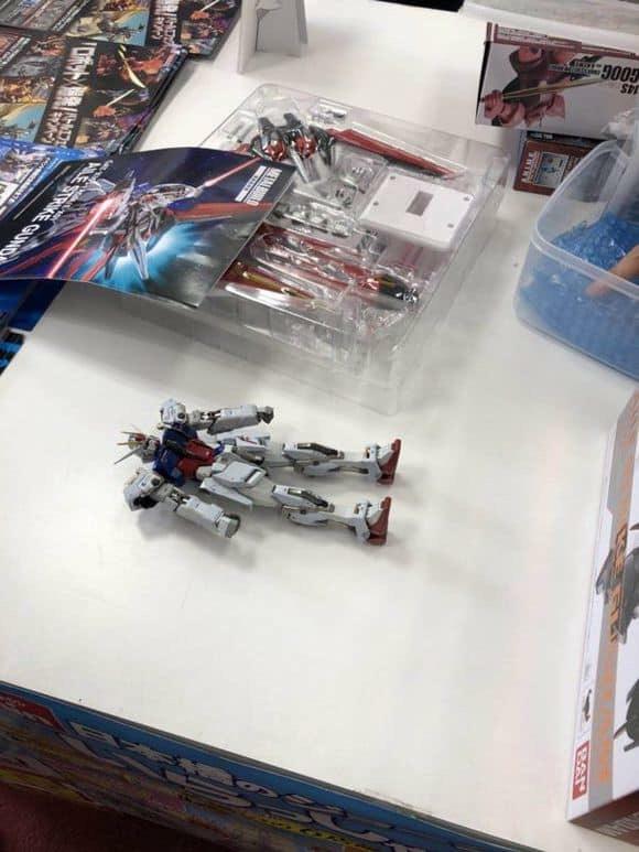 Gundam - Page 89 XJtaQtTz_o